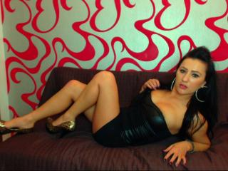 AngelCharmante - Sexy live show with sex cam on XloveCam
