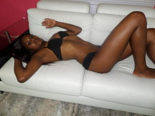 Gynary - Sexy live show with sex cam on XloveCam®