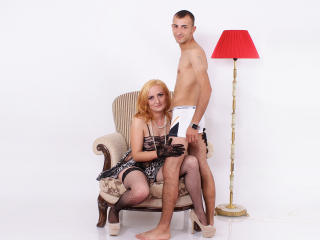 LewisAndVicky - Sexy live show with sex cam on XloveCam®