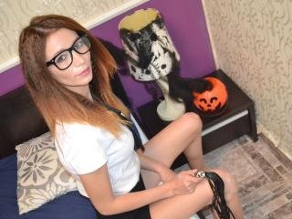 GiuliaDelight - Sexy live show with sex cam on XloveCam