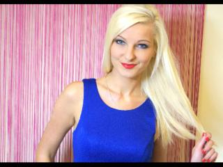 MarcellaHot - Sexy live show with sex cam on XloveCam®