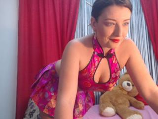 BelleFleure - Sexy live show with sex cam on XloveCam®