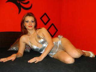 InnaButterfly - Sexy live show with sex cam on XloveCam®