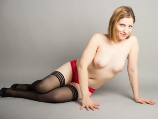 GwenDaniels - Sexy live show with sex cam on XloveCam