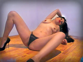 LilyFlores - Sexy live show with sex cam on XloveCam