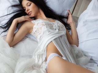YourShyBabe - Sexy live show with sex cam on XloveCam