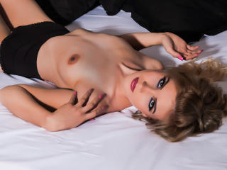 LiliArielle - Sexy live show with sex cam on XloveCam®