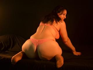 SpecialMilf - Sexy live show with sex cam on XloveCam®