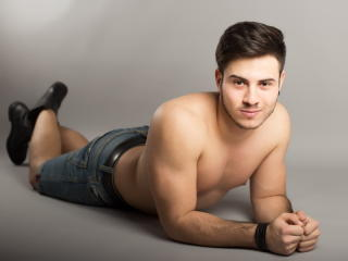 BryceDavis - Sexy live show with sex cam on XloveCam®