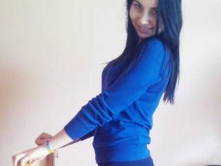 EdnnaHot - Sexy live show with sex cam on XloveCam