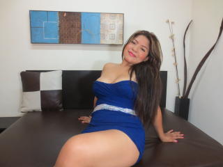 Reychell - Sexy live show with sex cam on XloveCam®