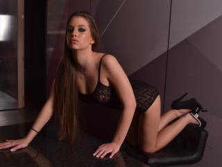 BelleAvril - Sexy live show with sex cam on XloveCam®