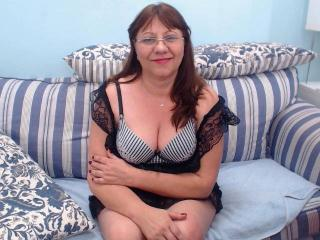 PleasingMature - Sexy live show with sex cam on XloveCam®