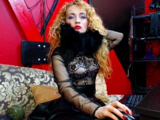 CarlyBanks - Sexy live show with sex cam on XloveCam®