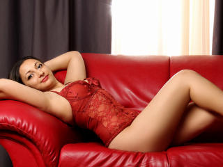 LeiaRossi - Sexy live show with sex cam on XloveCam