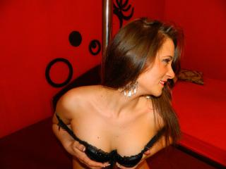 DeliciouseAmber - Sexy live show with sex cam on XloveCam®