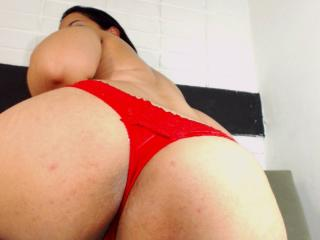 CandySquirting - Sexy live show with sex cam on XloveCam®