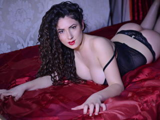 JullyaMonnet - Sexy live show with sex cam on XloveCam®