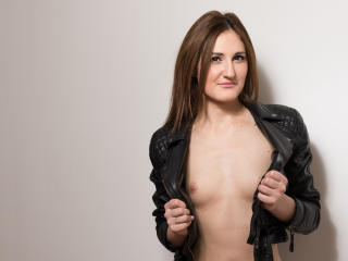 JasminMellow - Sexy live show with sex cam on XloveCam®