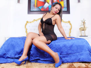 NikiSwift - Sexy live show with sex cam on XloveCam