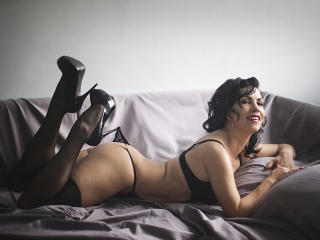 SelenaDream - Sexy live show with sex cam on XloveCam®