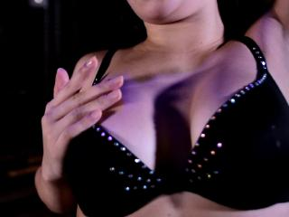 LillianHotty - Sexy live show with sex cam on XloveCam®