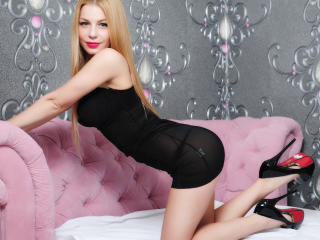 LexyLust - Sexy live show with sex cam on XloveCam®