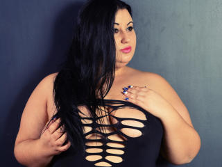 MissBigTitts - Sexy live show with sex cam on XloveCam