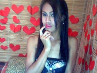 Bruneth69 - Sexy live show with sex cam on XloveCam®