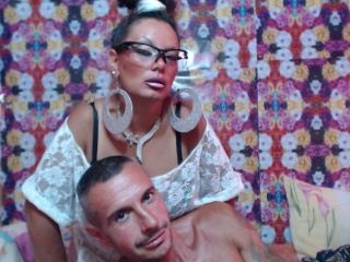 Hotwhitechocolate - Sexy live show with sex cam on XloveCam®
