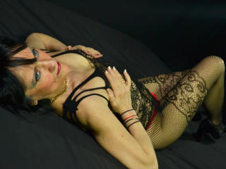 CindyCream - Sexy live show with sex cam on XloveCam®