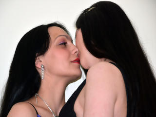 OhNaughtyGirls - Sexy live show with sex cam on XloveCam