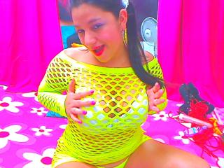 BigTitss - Sexy live show with sex cam on XloveCam