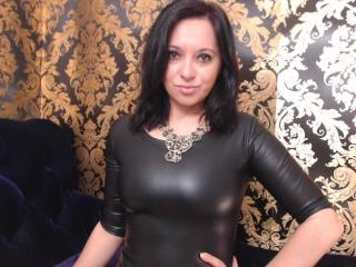 DomBelle - Sexy live show with sex cam on XloveCam