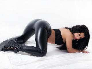 AnelisseSpicy - Sexy live show with sex cam on XloveCam