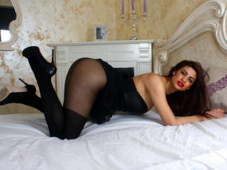 Ellissyn - Sexy live show with sex cam on XloveCam®