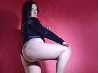 RossaLynddaX - Sexy live show with sex cam on XloveCam®