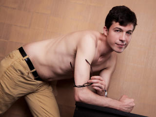 RoccoFavini - Sexy live show with sex cam on XloveCam