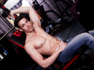 HaydenSpears - Sexy live show with sex cam on XloveCam®