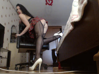 KatieFrenchie - Sexy live show with sex cam on XloveCam®