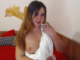 SerenaLove69 - Sexy live show with sex cam on XloveCam®