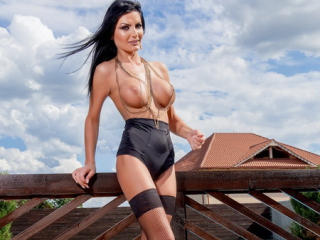 AmberWillis - Sexy live show with sex cam on XloveCam®