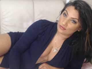 DivineMary - Sexy live show with sex cam on XloveCam®