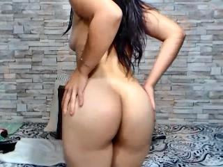 LorenHotAss - Sexy live show with sex cam on XloveCam®