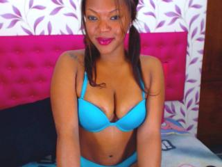 DolceBlack - Sexy live show with sex cam on XloveCam®