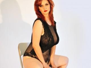 SeralieSex - Sexy live show with sex cam on XloveCam