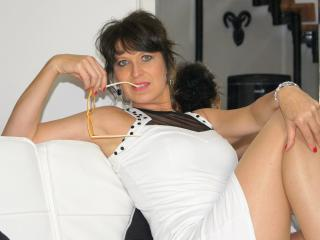 KellyMatureX - Sexy live show with sex cam on XloveCam
