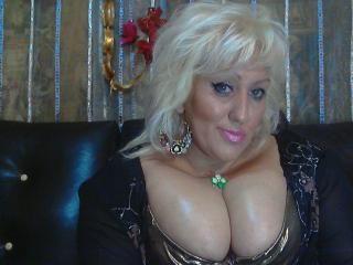 BlondeAnnya - Sexy live show with sex cam on XloveCam®