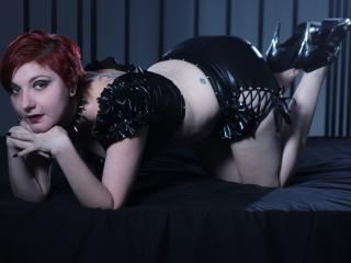 ExtremFoxy - Sexy live show with sex cam on XloveCam®