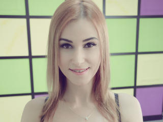 Jazzlyne - Sexy live show with sex cam on XloveCam